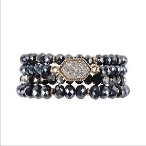 Jewelry - Hematite Druzy Stone Glass Bead Bracelet